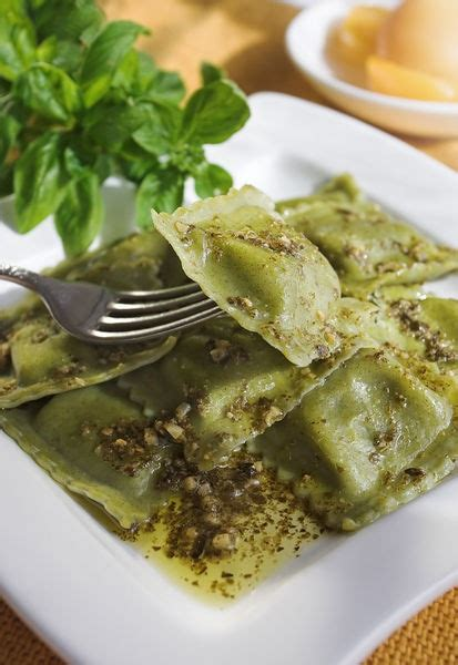 different types of ravioli fillings 78 best images about pasta on pinterest spinach ravioli sausage tortellini and bacon