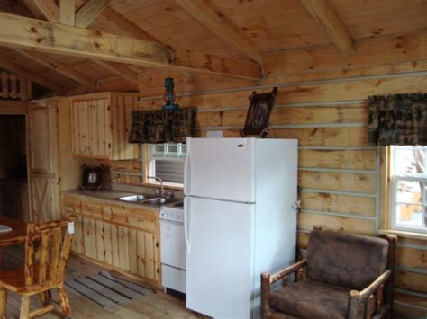 amish  log cabin