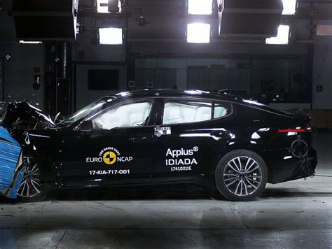 si鑒e auto crash test crash test ncap dicembre 2017 6 auto a 5 stelle info utili panoramauto