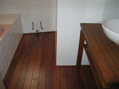 parquet flottant special salle de bain parquet salle de bain images