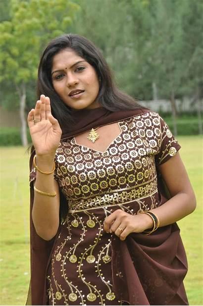 Swasika Actress Sokkali Tamil Bollywood Risha Stills