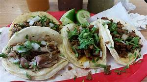 Authentic Mexican tacos in the heart of Iowa, carnitas ...