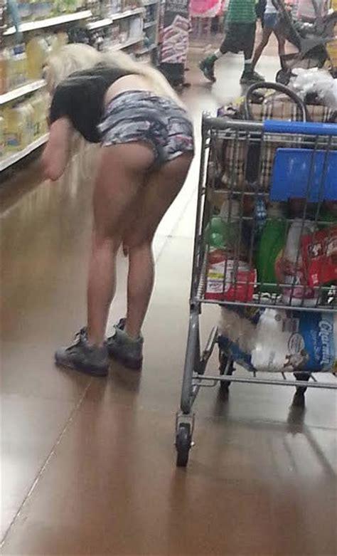 stock  bottom shelf butt shorts stay