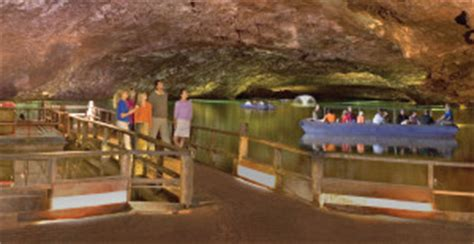 Glass Bottom Boat Sweetwater Tn by Discover America S Largest Underground Lake The Lost Sea