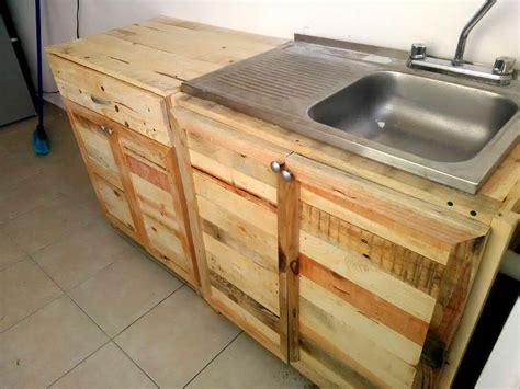 pallet kitchen cabinets diy kitchen wholly made from recycled pallets 99 pallets