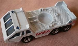 Matchbox NASA 1985 Transporter Vehicle Rocket Carrier