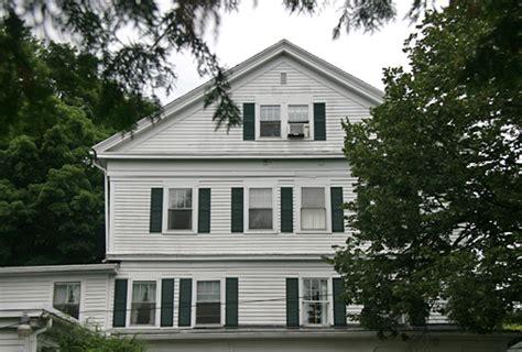 Haunted House Ct - woodbury haunted house curtis house inn hauntedhouses