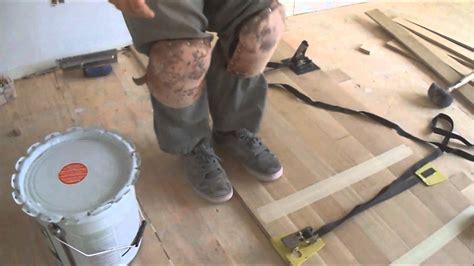 Wood Floor Strap Clamps in Hardwood Floor Glue Down