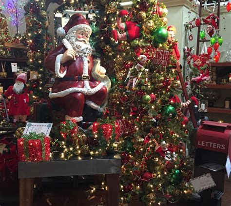 Santa Claus is Coming to Pottery World Rocklin   Pottery World
