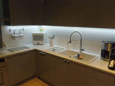 eclairage led cuisine plan de travail eclairage plan de travail cuisine led wasuk