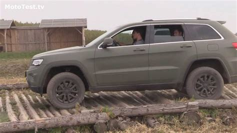 jeep grand cherokee off road wheels jeep grand cherokee 2014 off road driving test youtube