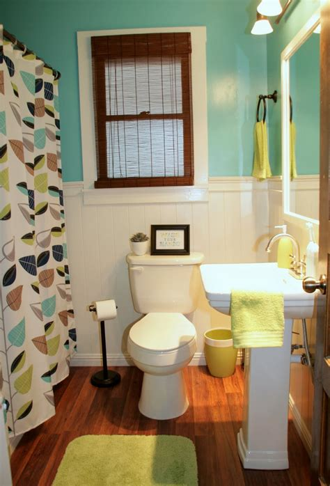 great small bathroom colors before and after small bathroom makeovers big on style
