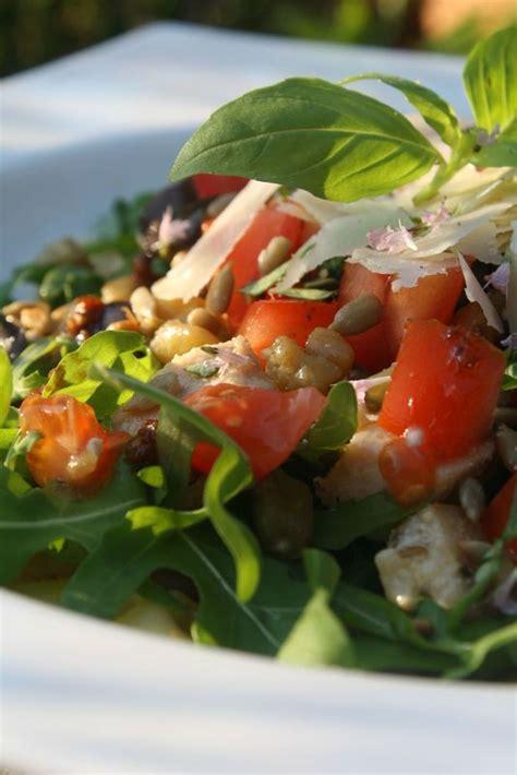 salade ti 232 de de p 226 tes au poulet aubergines grill 233 es