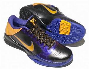 Kobe Bryant Shoes Pictures: Nike Zoom Kobe V (5) Lakers ...