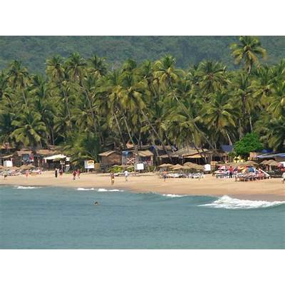 Visiting places of India: Palolem Beach Goa