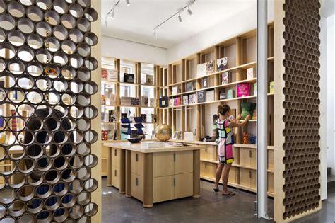 architecture of pritzker prize winner shigeru ban