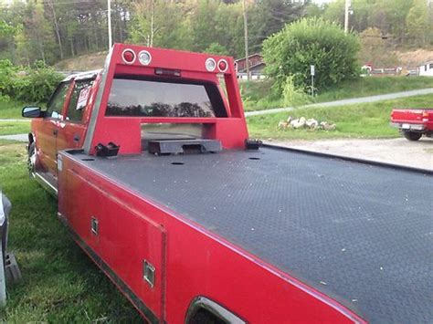 Sell Used 1 Ton Ramp Truck Winch Car Hauler 4 Door In