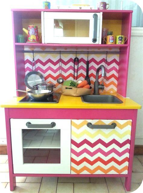 cuisine girly mini cuisine duktig pour petites filles girly play kitchen ideas