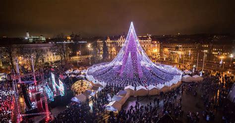 christmas tree festive spectacular