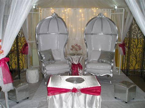 canape turquoise location de trône pour mariage etienne et sa region