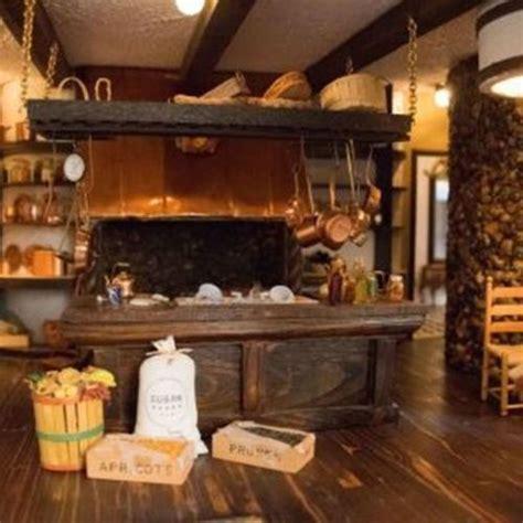 decorate  kitchen fireplace mantel  ways  fascinating mantel home improvement day