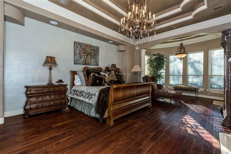beautiful bedrooms  wood floors pictures