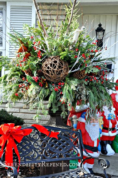 serendipity refined blog christmas front porch  urn