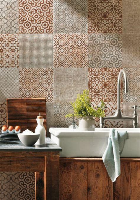 recouvrir du carrelage mural cuisine comment poser du carrelage mural dans une salle de bain