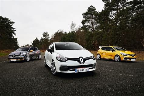 renault clio rs  trophy  ps faster edc