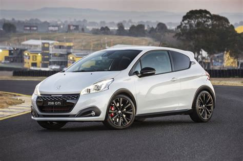 Peugeot Gti by Peugeot 208 Gti 201 Dition D 233 Finitive On Sale From 33 990