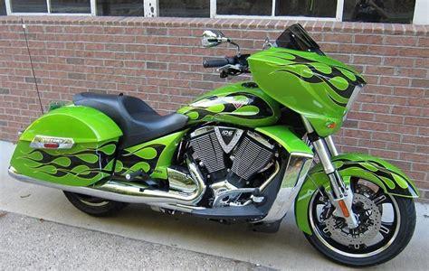 Buy 2013 Victory Cross Country Custom On 2040-motos