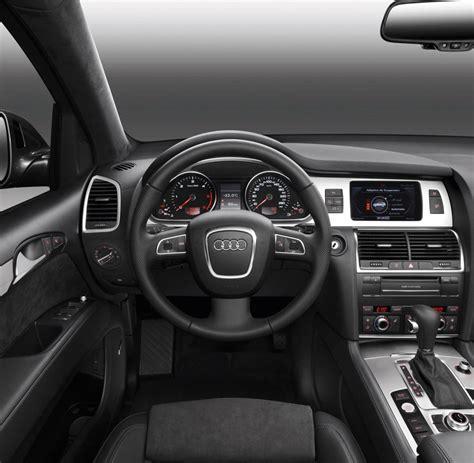 Audi Microvan E Motor Ausstattung by Gebrauchtwagencheck Nach Drei Jahren Hat Der Q7 Viele