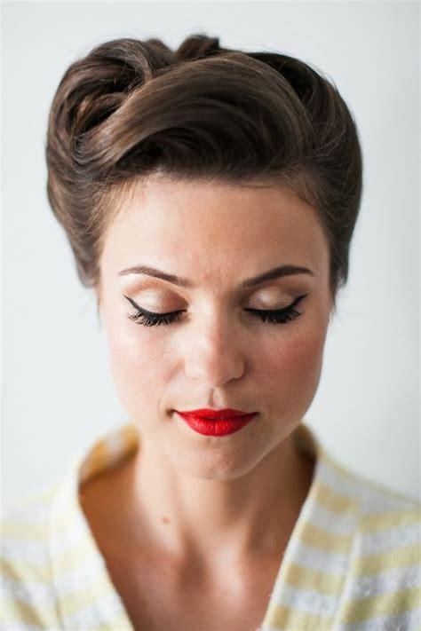 50s hair up styles 1001 id 233 es de coiffures avec un chignon rapide 9040
