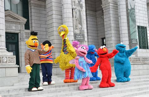 sesame street character    rescue
