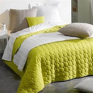 Couvre Lit Vert : couvre lit 220 x 240 cm candy vert couvre lit boutis eminza ~ Teatrodelosmanantiales.com Idées de Décoration