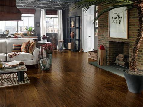kitchen floors hardwood floors hgtv 3141