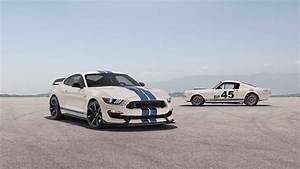 Get the 2020 Ford Mustang Shelby GT350 in Wimbledon White with Guardsman Blue stripes