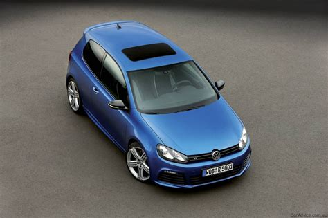 volkswagen golf  launched  australia