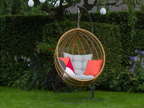 hangstoel tuin hangstoelen voor in de tuin woonbeleving