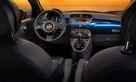 Fiat Interior by Fiat Shows The Interior Of Upcoming 2015 Fiat 500