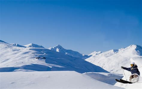 Skiing Background Skiing Hd Wallpaper And Background Image 1920x1200
