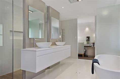 Modern Bathroom Ensuite by Bathroom Design Designing Divas