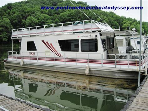 Houseboat Pontoons by Pontoon Houseboat Boats