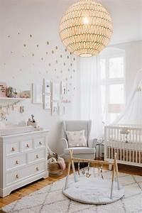 La chambre bebe de coco mon bebe cheri blog bebe et deco for Tapis chambre bébé avec fleurs livraison aujourd hui
