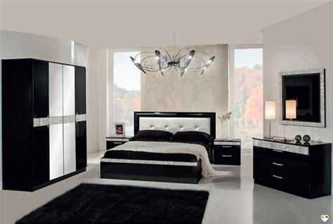 ensemble chambre à coucher laque noir ensemble chambre a coucher