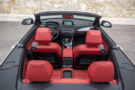 bmw  series convertible replaces  series