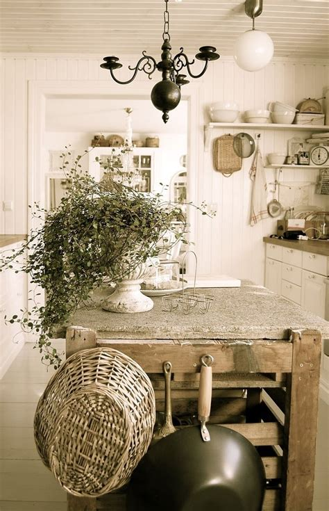 country cottage decorating ideas  pinterest cottage style decor rustic cottage