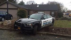 Handcuffed Salem woman steals police car and crashes ...
