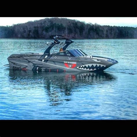 Best Ski And Wakeboard Boats by 25 Best Ideas About Wakeboard Boats On Ski