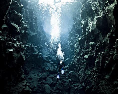 underwater photographer gisli arnar gudmundssons gallery